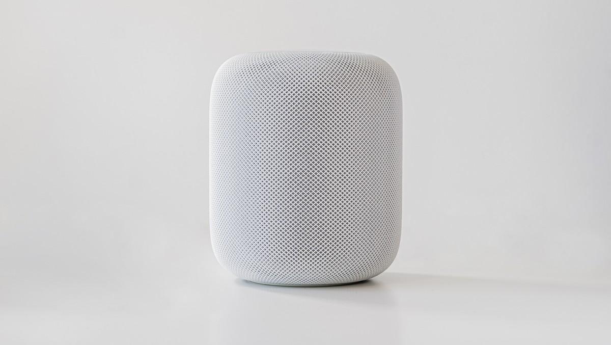 Chytrá domácnost zhmotněná v podobě Apple HomePod.