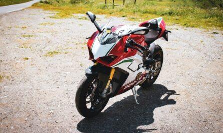 Nejrychlejší motorky v podání modelu Ducati.